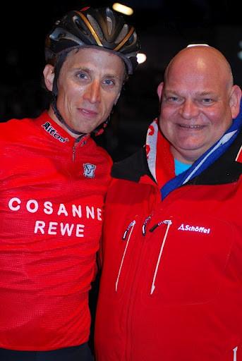 Lembeck mit Udo Cosanne von REWE ( Bild: Christopher Jobb )