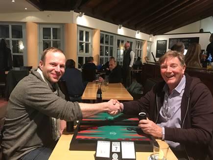 "Pavel Zaoral (links), Gewinner des ""X-22 Memorial"" im Finale gegen Günther Holzinger"