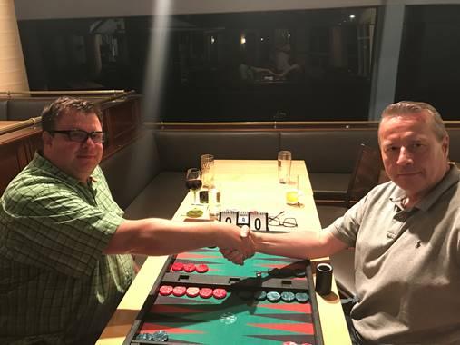 Oliver Plaehn (Links), unterliegt im Finale Honza Cerny