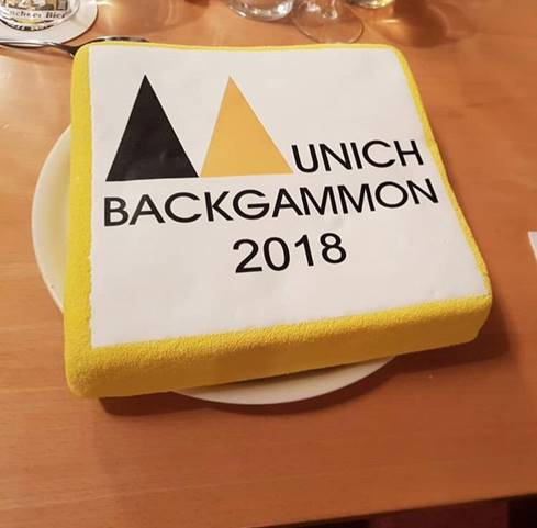 Die traditionelle Munich Backgammon Torte