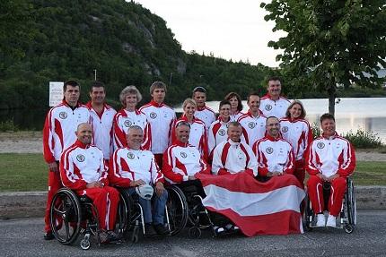 Das komplette Team, in Kanada bei der Eröffnungsfeier