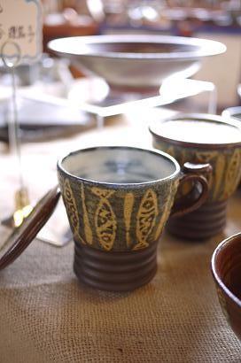器と珈琲 Lien りあん のギャラリー: 沖縄陶器 神谷理茄子氏の作品