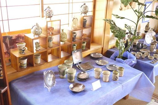 器と珈琲 Lien りあん のギャラリー: 沖縄陶器