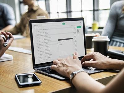 <h3>Informatique</h3> Vous souhaitez simplifier le mode de gestion de votre entreprise et vous vous posez des questions