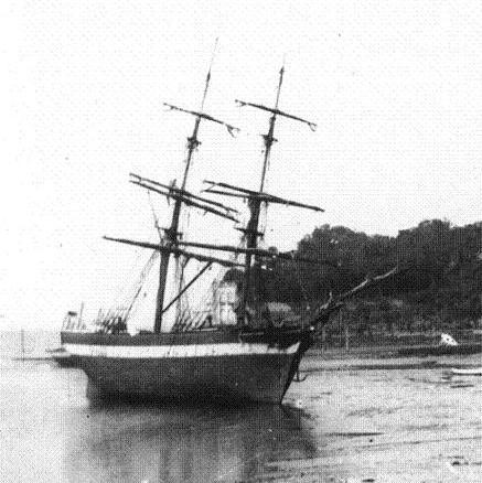 Brick de cabotage à l'échouage, leur allure de grand-voilier leur donnait du prestige dans la population maritime