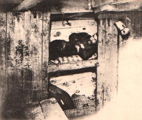 Les bien tristes cabanes  du poste avant, ici à bord d'une goélette islandaise