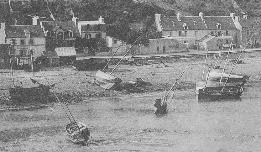 Le Légué, ou plus exactement le port d'échouage de Sous La tour, est le port de pêche de St Brieuc, les lougres ont à l'échouage à basse mer