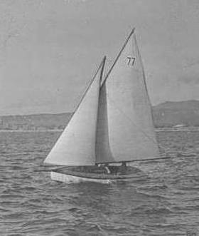 petit yacht vers 1920