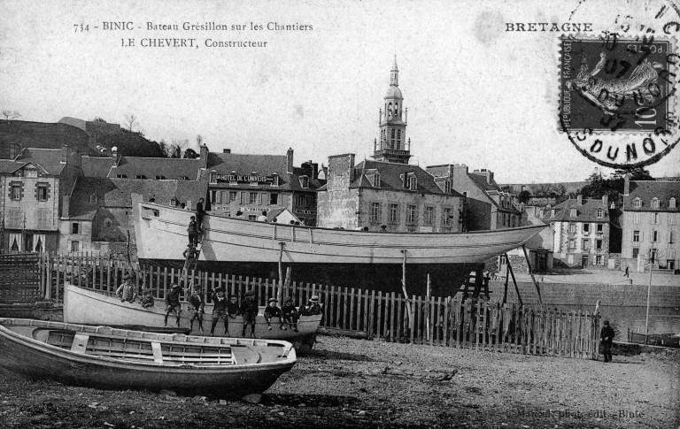 Un thonier pour l'île de Groix est prêt à être lancé au chantier Chevert à Binic