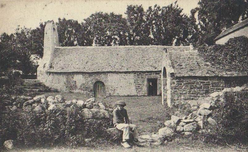 Les quatre enfants Derrien ne reverront plus la chapelle de l'île, à proximité de la ferme de leurs parents