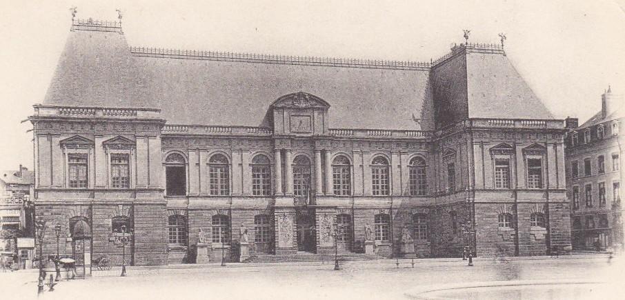 Le tribunal de rennes, l'ancien parlement de Bretagne, bien impressionnant pour les matelots témoins au procès