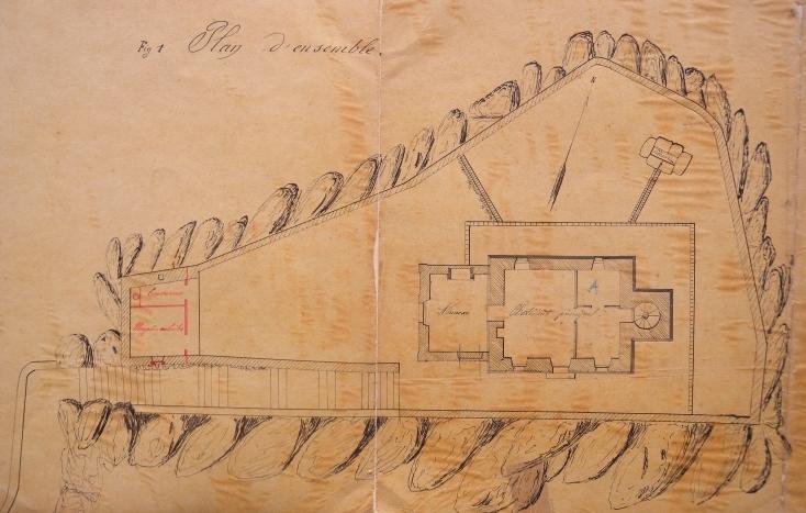 Vue en plan du phare du Paon, sur le sommet du rocher la maison phare est entouré d'une terrasse, un petit bâtiment annexe permet de stocker le pétrole et le matériel nécessaire à l'entretien du phare (Plan AD 22)