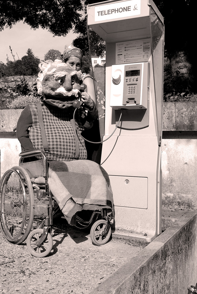 Saturnin Béjart, marionnette de comptoir