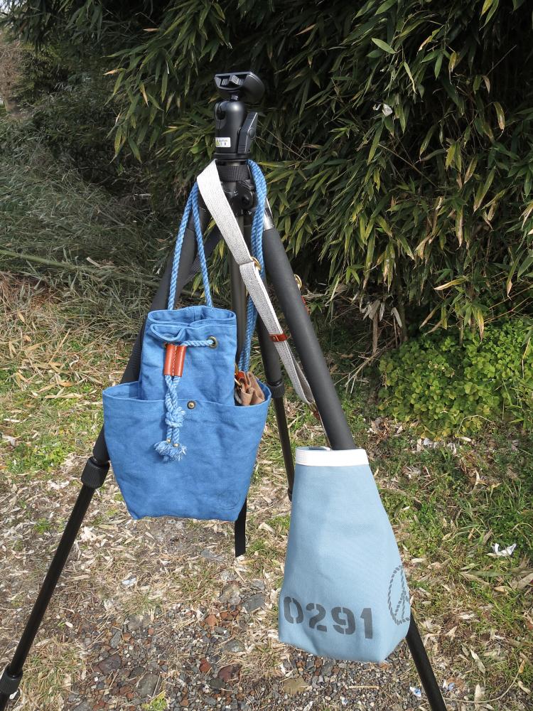 藍染めカメラバックとカメラストラップ、カメラポーチ