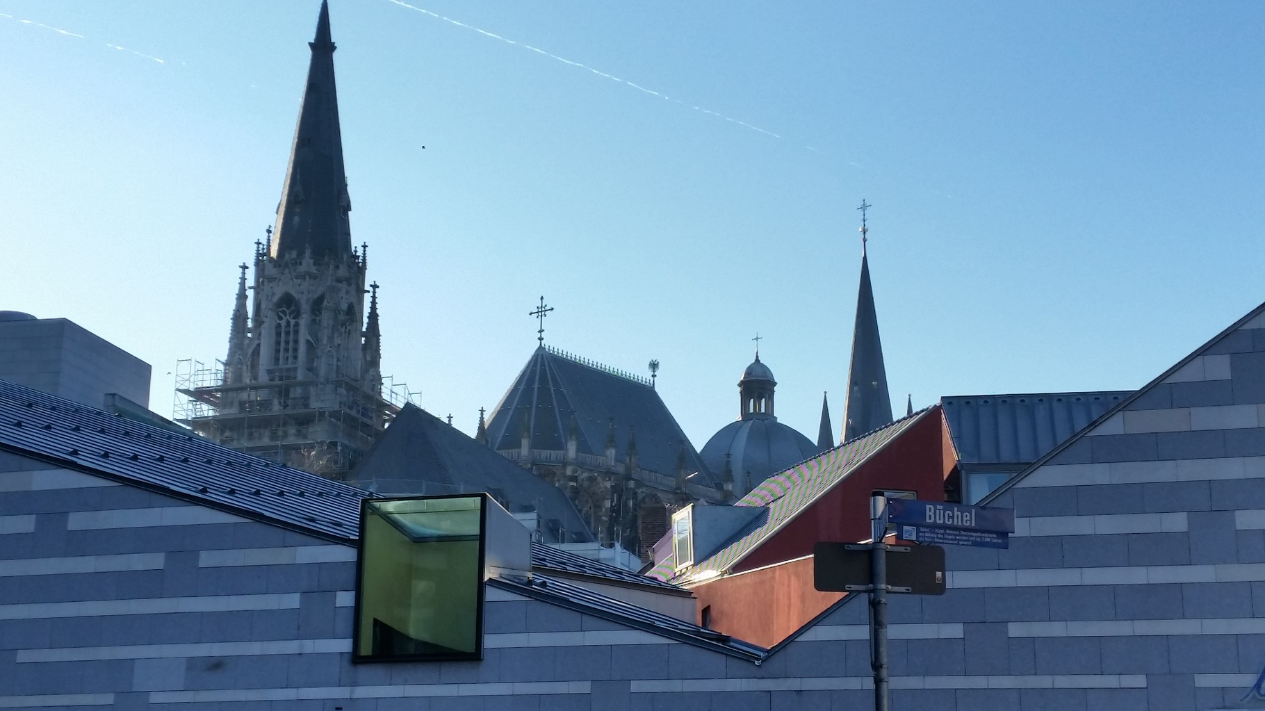 Silhouette Dom und St. Foillan