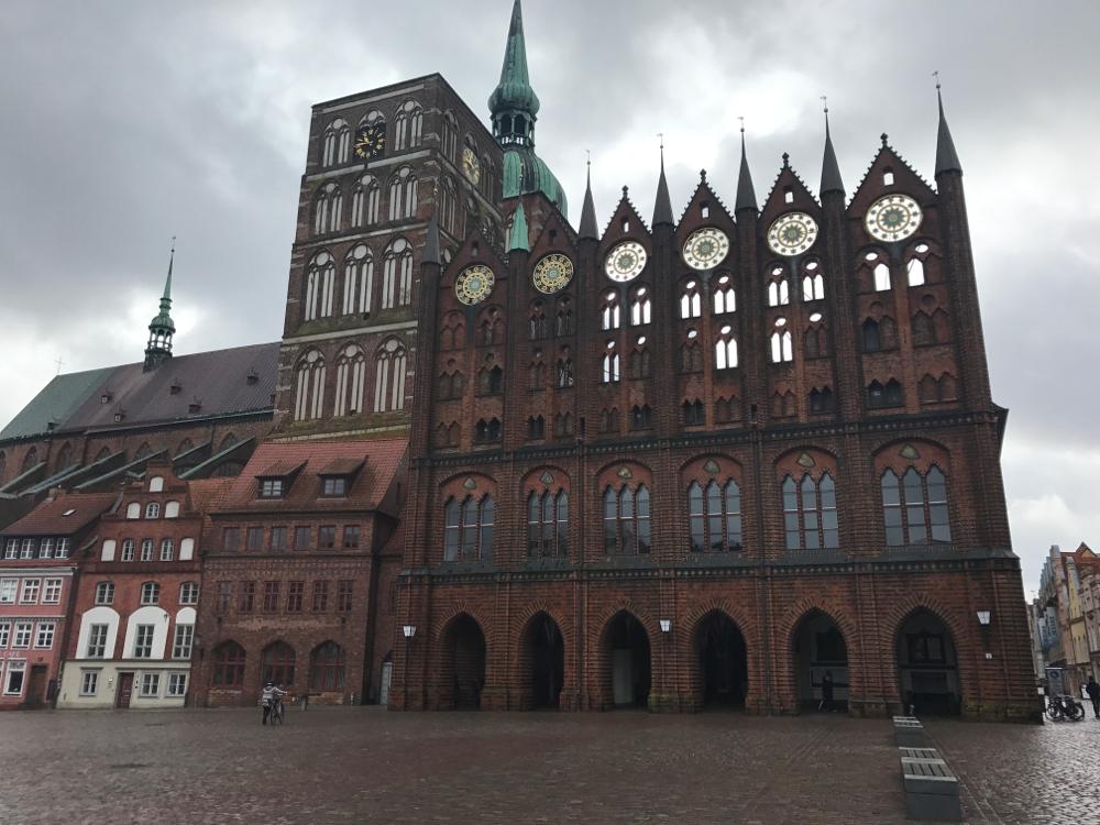 Heiraten im gotischen Rathaus von Stralsund