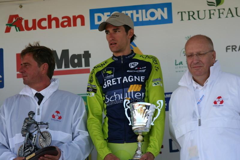 Florian GUILLOU (Bretagne Schuller) vainqueur Classement des Monts Trophée Crédit Mutuel (Photo Pascal LINGET Photos-cyclisme-pro)