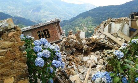Nepal,Berge,Zerstörung,Armut,Hilfe,Spende,Trekking