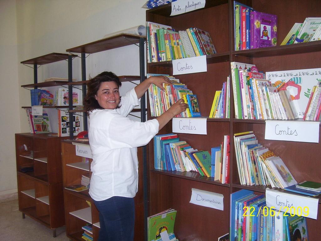 La bibliothèque avant ...