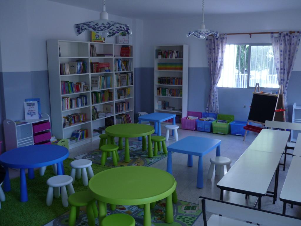 Voici la nouvelle bibliothèque de l'école