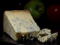 Blauwader kaas en wijn