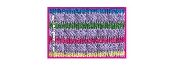 Puntada con cintas de colores tejida en dos agujas o palitos