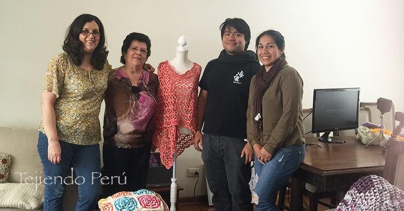 Tejiendo Perú con María Fernandez y Giancarlo Shibayama del diario El Comercio.  Entrevista para la sección Postdata (edición impresa).