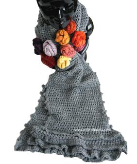 Bufanda crochet con flores y bobos