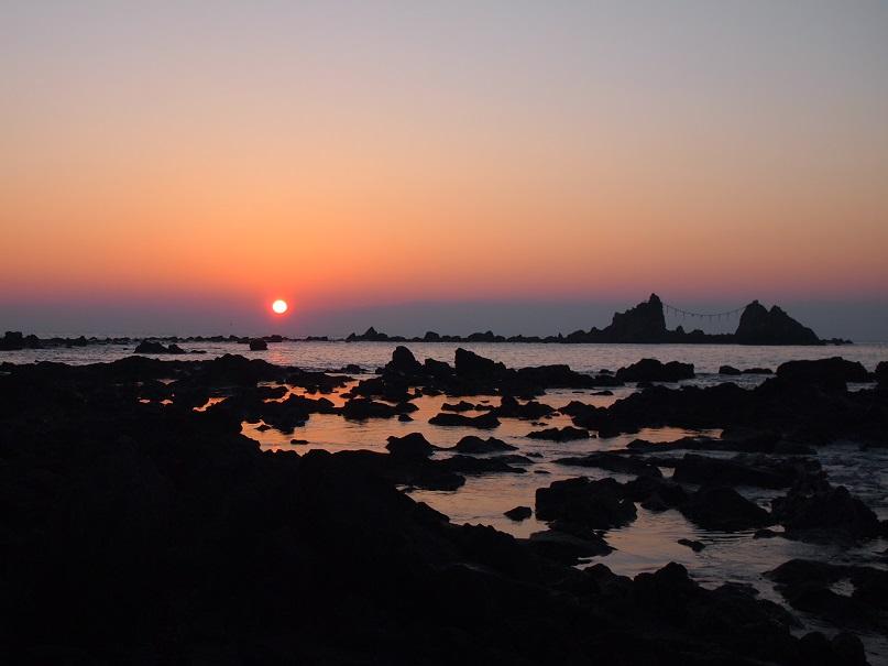 真鶴 三ツ石海岸の日の出
