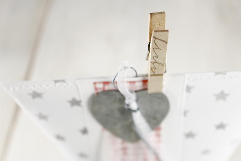 Box-in-a-bag, Geschenkverpackung, Sternchen, Herzchen, rosa-weiß, Valentinstag