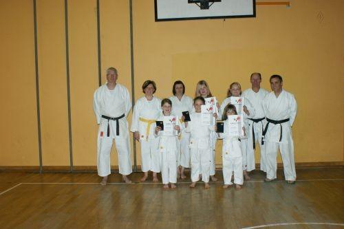 Prüfung am 14.04.2011, Wir gratulieren: Nicole,Heike, Michelle,Lara,Katharina,Nina und Marie
