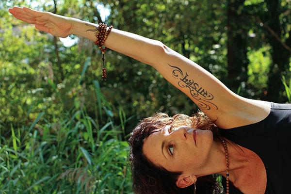 Silke in Yogapose