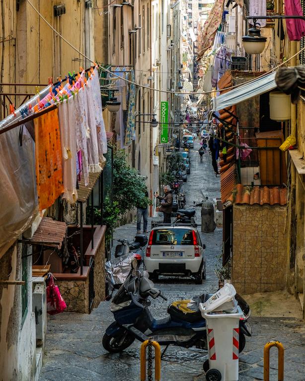 Spagnoli Quarter Naples 2019