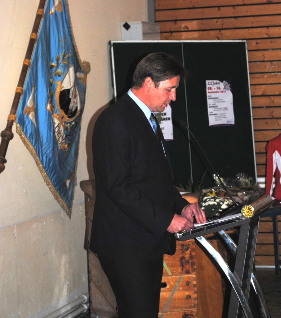 Thorsten Nagel (1. Vors. d. SC Hemmoor) eröffnet die Veranstaltung