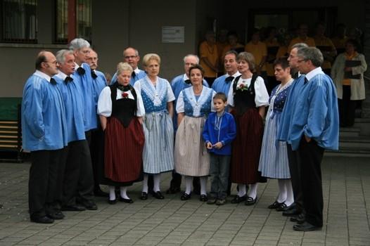 "Solist Jan beim Jodellied ""e Luusbueb"""
