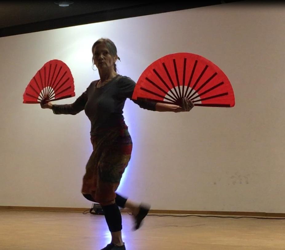 Gala - Sonja Blank performs Fan Form