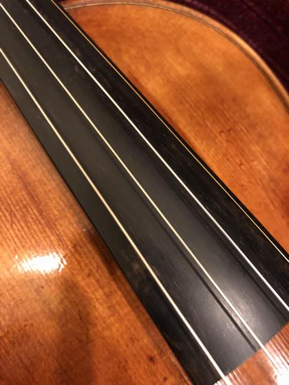 あなたのヴァイオリンが上達しない決定的な理由、それは音程の取り方を習えていないからです。