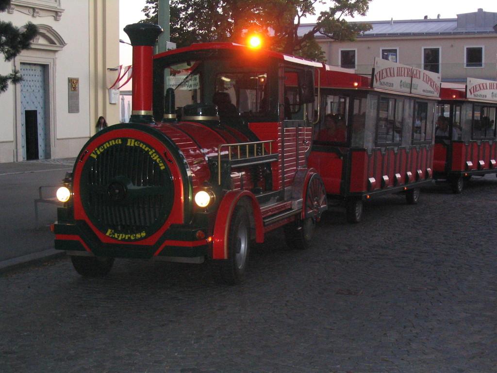 Der Wiener Heurigen Express