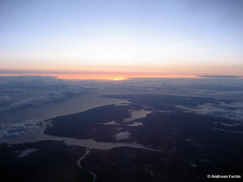 Bilck über die Kieler Förde im Sonnenaufgang