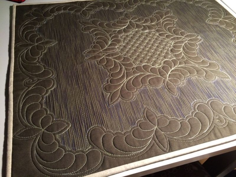 Wholecloth in khaki
