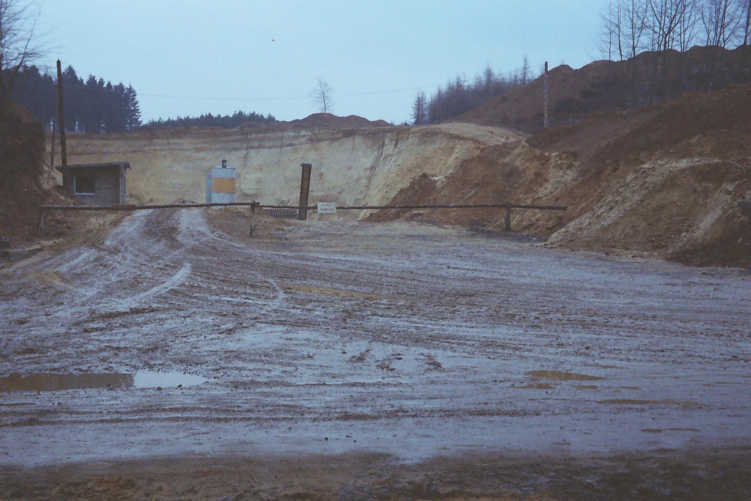 Grubeneinfahrt Richtung Norden