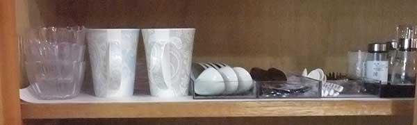 ガラス小鉢、マグカップ、蓮華、スプーーン,胡椒入れ、フォーク、コーヒー・スプーン