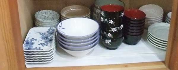 長四角和皿、小どんぶり、取り皿、小鉢、一口用お皿、しゃれた柄のお椀。