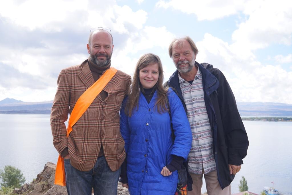 mit Ricardo Draghi-Lorenz und Natalia Orbeli am Sewan-See, Armenien