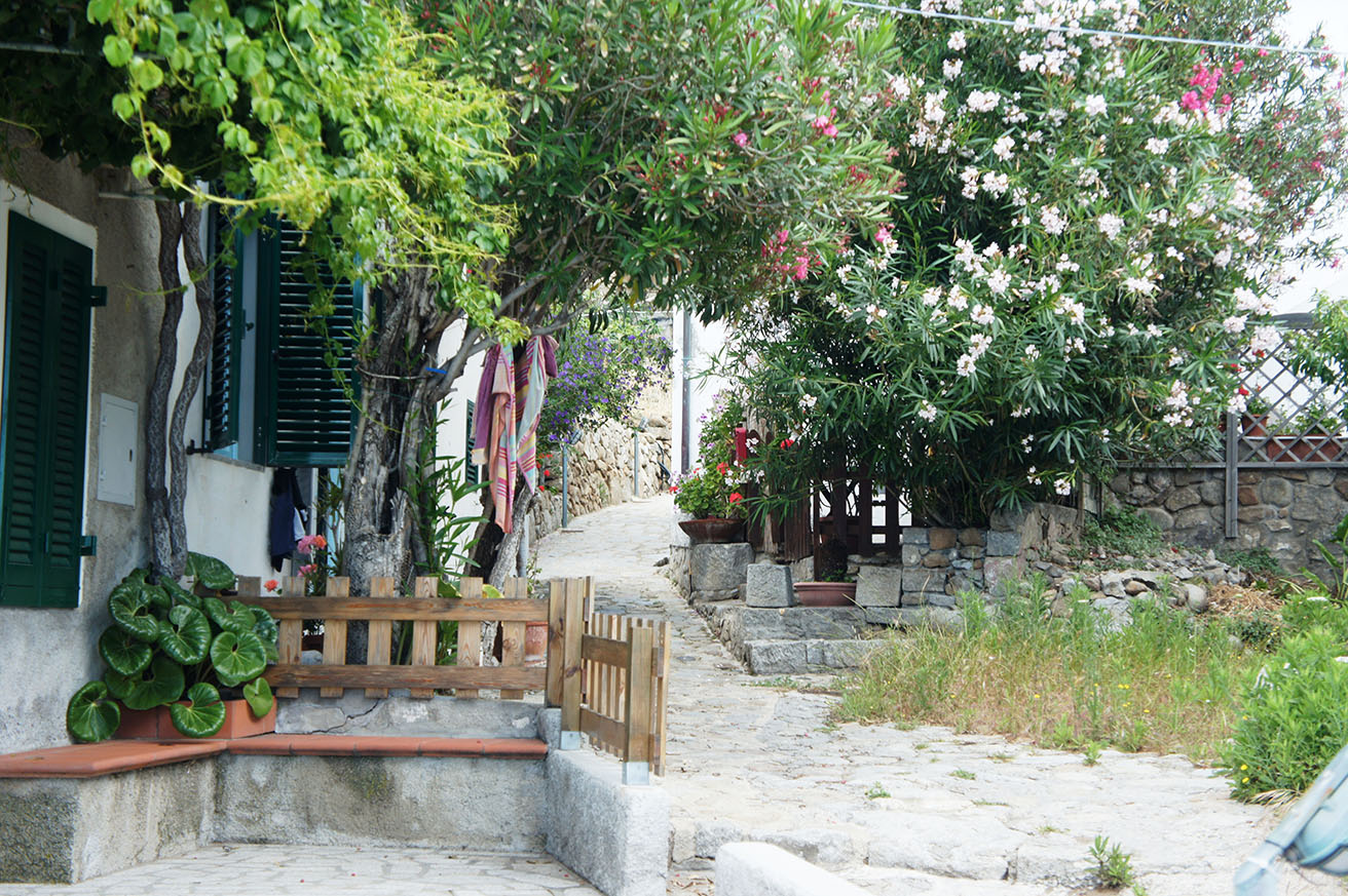 walk through the lovely Chiessi village