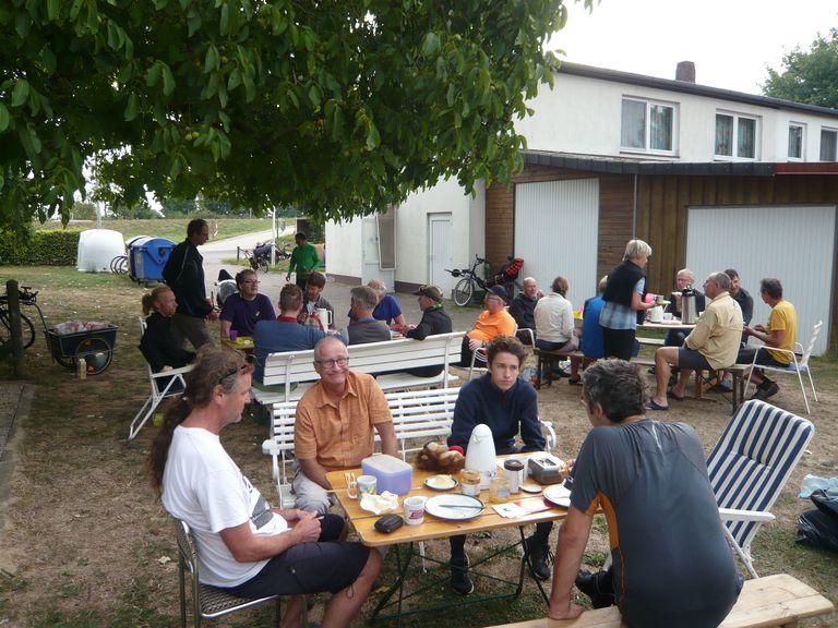 Das Frühstück beendet das gemeinsame Treffen.