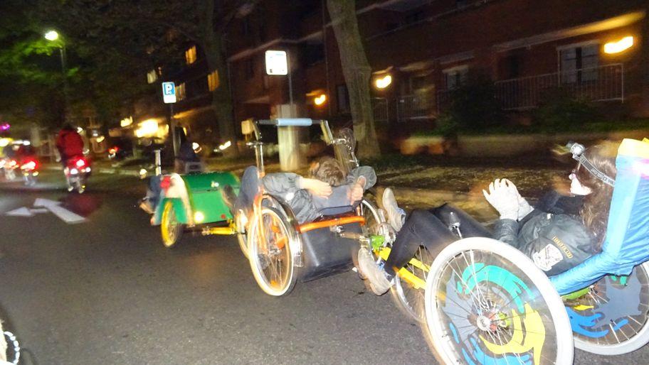 Der Geisterzug fuhr durch die Straßen von Oldenburg.