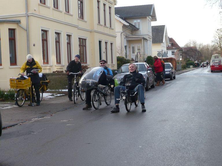 Wir fuhren per Rad zu den verschiedenen Austragungsorten des Wettkampfes.