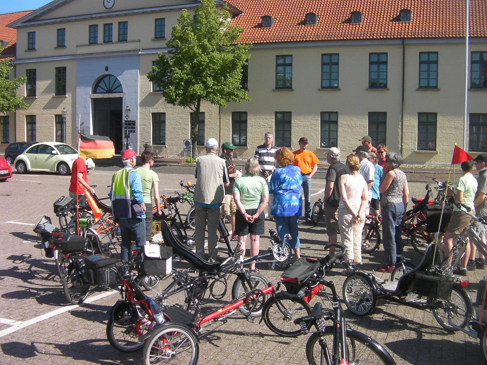 Start nach Sannum am Sonntag 25. Mai - Terffpunkt Pferdemarkt!