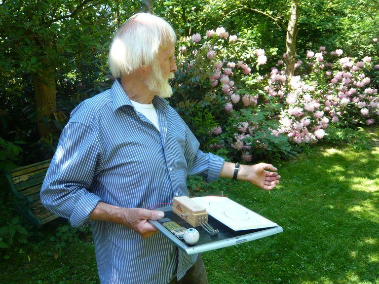 Dieter S. erklärt uns seinen Geigenzähler...